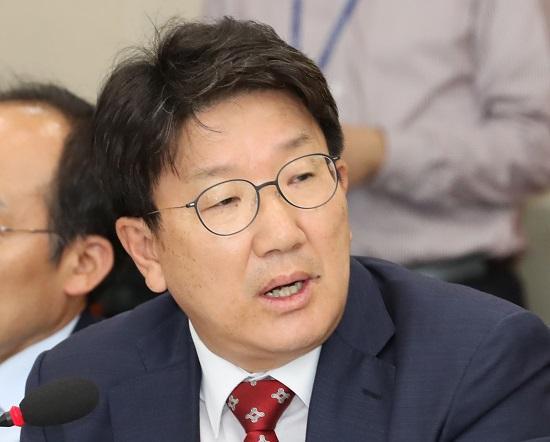 """권성동, 황교안에 """"통합추진단장 원유철 안돼"""""""